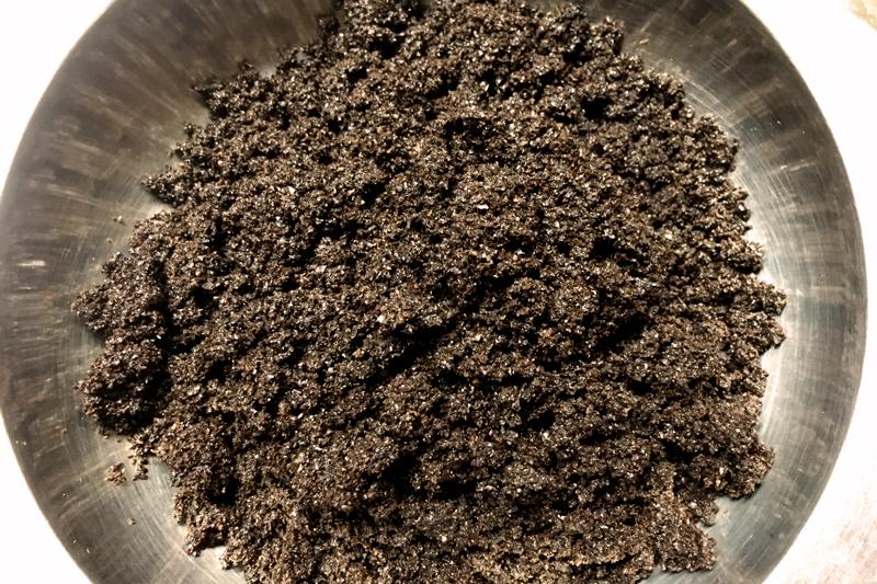 Zelf zeep maken met koffie voor onze koffiescrub - Werfzeep