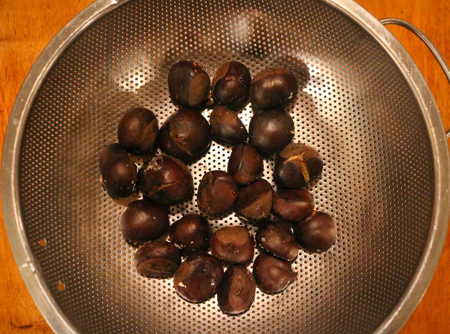 Aesculus Paardenkastanje - diy wintervoetencrème recept gekookte kastanjes - Werfzeep